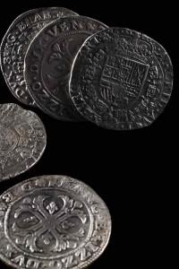 01_Stříbrné mince z Chrudimi (foto T. Kubelka)