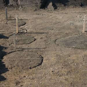 D.Roveň.pohled na kůlové jamky po začištění plochy